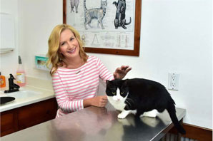 Royal Canin's celebrity partnership supports feline veterinary health