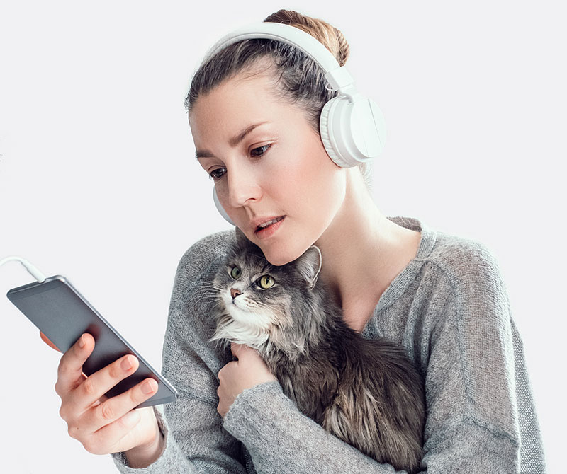 Providing pets with the best care possible, even from a distance, is central to the American Veterinary Medical Association's (AVMA's) latest resource. Photo ©BigStockPhoto.com