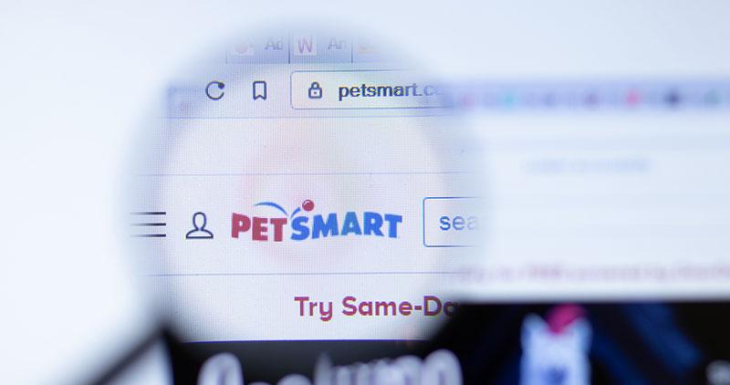 PetSmart has partnered with Allivet on its new digital offering, The Pharmacy at PetSmart. Photo ©BigStockPhoto.com
